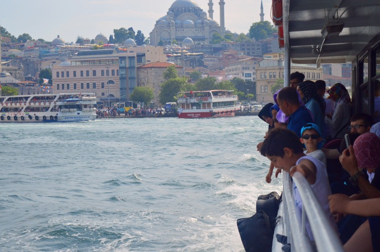 ferry boat istanbul turkey crowded canan çetin photography cananche