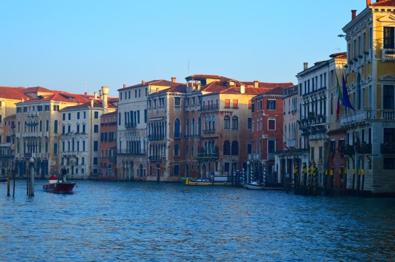 grand canal rialto bridge sunrise italy venice architecture travel photography