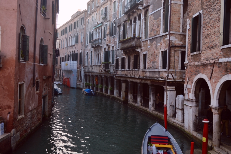 canals venezia canal old architecture historical italy venice cananche canan çetin travel photography